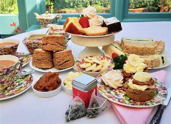 Picture of Afternoon Cream Tea Hamper - Banoffee Edition