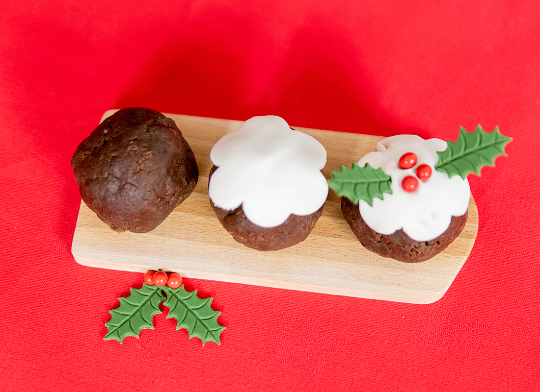 Picture of Brownie Christmas Pudding Kit