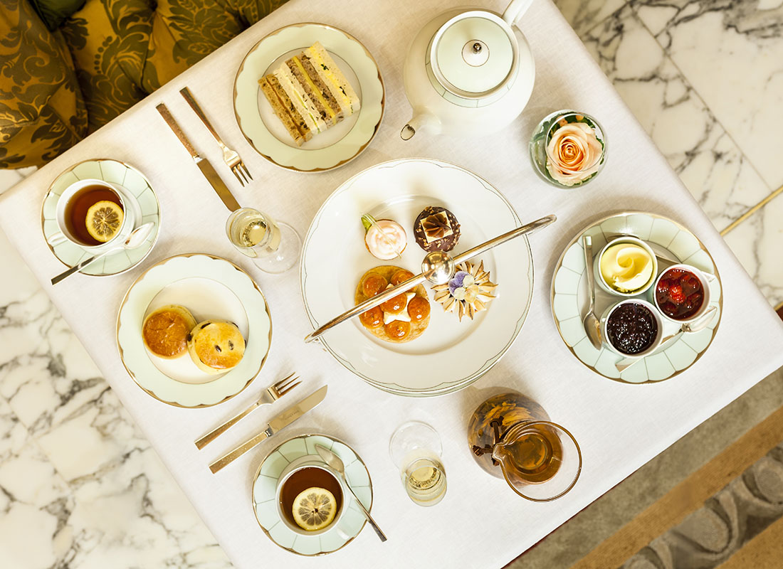 Afternoon Tea at The Dorchester on Park Lane in Scone or Scone book by Jane Malyon